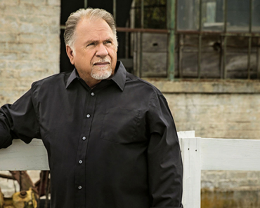 """Gene Watson And 40 Years Of """"Farewell Party"""""""
