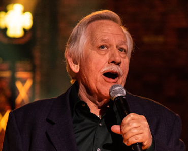 """The Story Behind The Song: """"Backside Of Thirty"""" – John Conlee"""