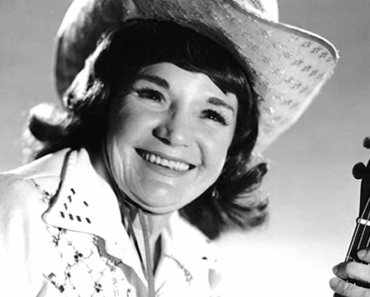 The Cowboy in Country Music: Patsy Montana