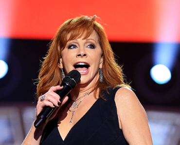 """The Story Behind The Song: """"Somebody Should Leave"""" – Reba McEntire"""