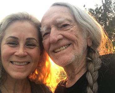 WILLIE NELSON'S SPOUSE, ANNIE D'ANGELO