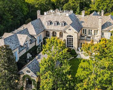 Alan Jackson Seeks $23 Million for Massive Tennessee Manor House