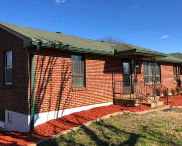 Loretta Lynn's First Nashville Home Is a Piece of History