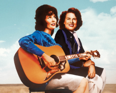 Patsy Cline and Loretta Lynn's Friendship