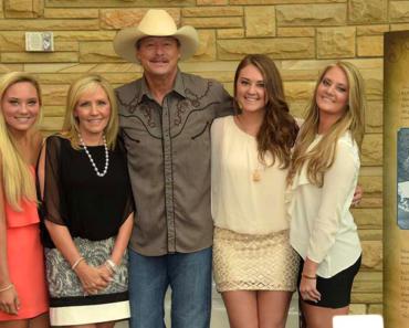 Get To Know Alan Jackson's Daughters