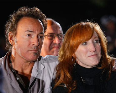 Bruce Springsteen and Patti Scialfa: Inside Their 30-Year Classic Rock Love Story