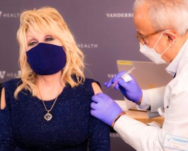 Dolly Parton Receives the COVID Vaccine