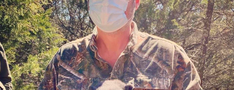 Blake Shelton Joins Oklahoma Researchers to Study Bear Cubs