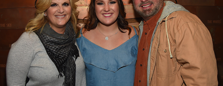 Meet Garth Brooks' Daughters: Taylor, August, and Allie Brooks