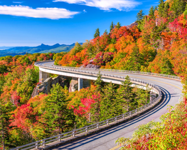 The Blue Ridge Parkway is the Perfect Country Road Drive