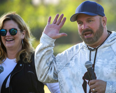 Garth Brooks + Trisha Yearwood Share Advice for a Happy Marriage in Hilarious Song