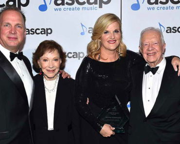 Garth Brooks and Trisha Yearwood Give Jimmy and Rosalynn Carter a Very Special 75th Anniversary Gift