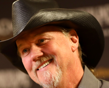 """The Message of Trace Adkins' """"You're Gonna Miss This"""" Really Hit Home"""