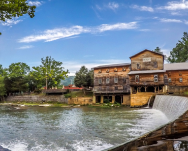 Loretta Lynn's Ranch: Discover All There Is To Do!