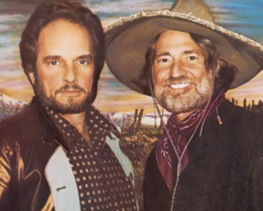 """THE STORY BEHIND WILLIE NELSON & MERLE HAGGARD'S """"PANCHO AND LEFTY"""""""