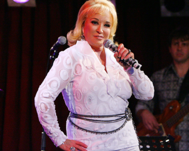 Tanya Tucker Suffers Fractured Hip, Cancels Remaining Concerts in July