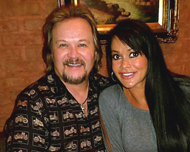 Travis Tritt and wife Theresa Nelson: A Love That Found Its Way