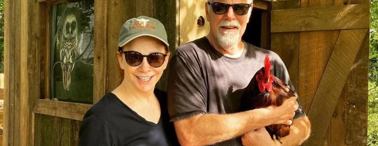 "Reba Shares 1 Thing She & Boyfriend Rex Linn Talk About ""All The Time"""