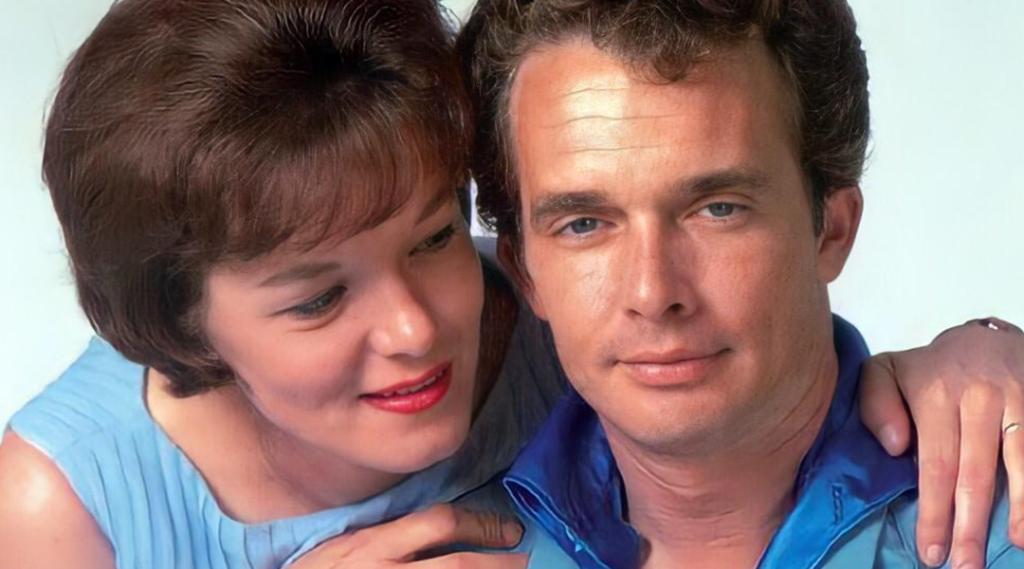 Merle Haggard and Bonnie Owens
