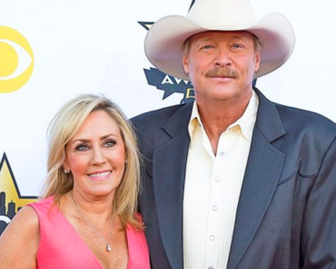 Alan Jackson and wife Denise Jackson: A Story of Enduring Love