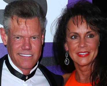 Randy Travis and wife Mary Davis' Controversial Love Story