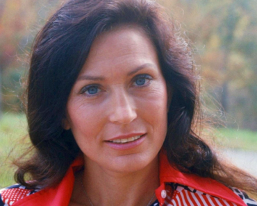 Loretta Lynn's Children & Grandson's Untimely Deaths – Sorrow behind Fame of Country Icon